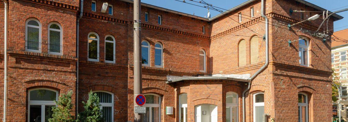 Außenansicht auf das Gebäude der MVB-Fahrschule