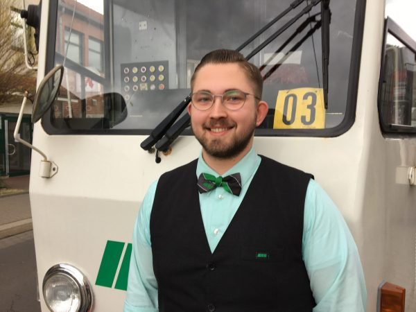 Tobias Buge ist studentischer Aushilfsfahrer.