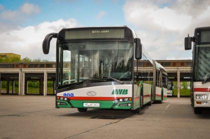 Ein Gelenkbus der MVB